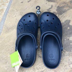 New Crocs! Unisex M8 w10. Navy blue